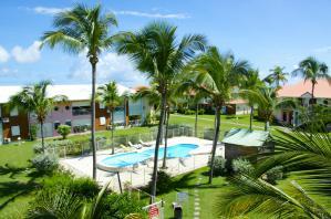 Rev'Tropical la-petite-piscine